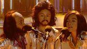 [Zapping 21] Incroyable: ces 3 jeunes garçons imitent les Bee Gees à la perfection
