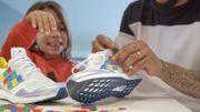 Personnalisez vos sneakers Adidas avec des briques Lego