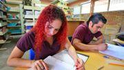 Débat : les filles sont-elles plus douées que les garçons pour les études?