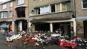 Le camion avait  perdu son chargement avant de percuter des biens mobiliers et des façades d'immeubles.