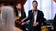 Clip: Maroon 5 fait des surprises dans les mariages