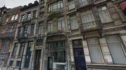 La maison est située au 37 de la rue Lebeau près du Sablon.