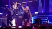 Mötley Crüe: Vince Neil perd sa voix en plein concert