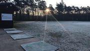 Le terrain d'entraînement, et derrière la piste de jogging