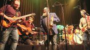 """""""La musique se veut un partage"""": le LIVE de Chicos y Mendez, tout en générosité et en sincérité"""