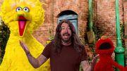[Zapping 21] Dave Grohl en plein délire avec les marionnettes de Sesame Street