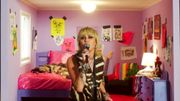 "Miley Cyrus reprend le culte ""Fade Into You"" de Mazzy Star dans son concert Tiny Desk"