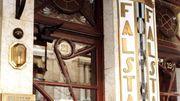 """La Ville de Bruxelles """"déshabille"""" le Falstaff, un signal aux commerces en zone Unesco"""
