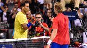 Le Canadien Shapovalov, 18 ans, bat Rafael Nadal à Montréal