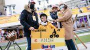 Thomas, 7 ans, déjà engagé pour Viva for Life a vendu et livré 2000 cupcakes à vélo