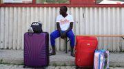 """Migrants: Paris et Rome demandent des """"centres européens"""" dans les pays de départ"""