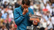 Nadal, ému aux larmes, reçoit son 11ème trophée à Roland Garros