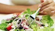 Quelques conseils pour dépenser plus de calories pendant les repas...