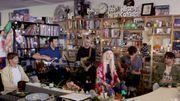 Paramore offre un live enjoué dans un 'petit bureau'