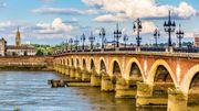 """Bordeaux annonce un """"coup d'accélérateur"""" vers le """"zéro plastique"""""""