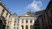 Le dictionnaire de l'Académie française fait peau neuve en se dotant d'une version 2.0