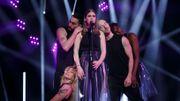 Mélange de douceur et d'émotion sur le plateau de The Voice avec Cloé