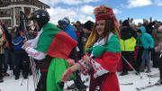 La station de ski Pamporovo se pare des couleurs Bulgares pour un record