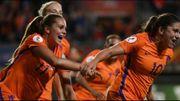 Pays-Bas et Danemark, deux équipes issues de la poule des Red Flames, en finale