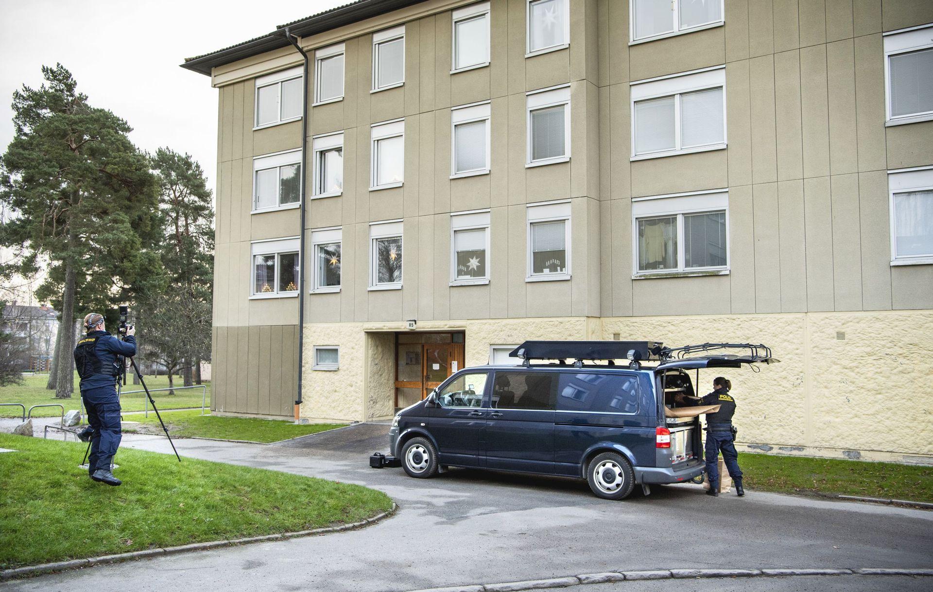 Une mère arrêtée en Suède pour avoir enfermé son fils pendant près de 30 ans 73564febd077c070ee177425246fefc2-1606820074