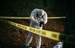 """""""Crimes et indices"""": quand l'ADN confond un meurtrier… 14 ans plus tard!"""