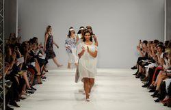Bientôt la fin des défilés de mode ?