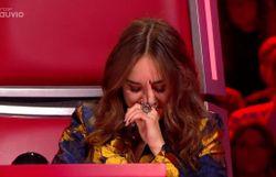 The Voice Belgique : Typh Barrow fond en larmes durant la prestation de ses Talents !