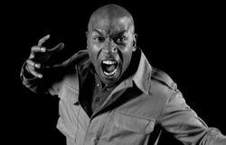 Pourquoi nous détestent-ils, nous les noirs ? dans Doc Shot