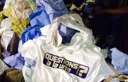 Que deviennent vos vieux vêtements? Questions à la une a enquêté