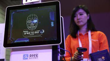 La reconnaissance faciale utilisée par Alibaba pour le paiement mobile (image prétexte)