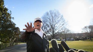 """Donald Trump annonce qu'il n'ira pas au forum économique de Davos si le """"shutdown"""" se poursuit"""