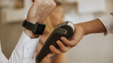 C'est pas fini, le débat: faites-vous confiance aux paiements sans contact ?