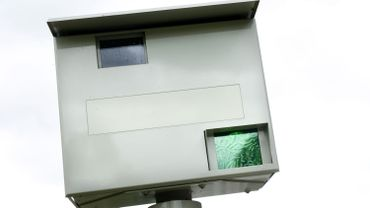 Un radar de contrôle de vitesse