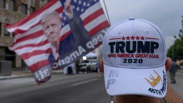 Des partisans de Donald Trump réunis à Tulsa, dans l'Oklahoma, le 19 juin 2020 à la veille de son meeting de campagne