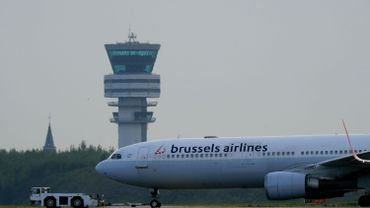 Fermeture de l'espace aérien: Brussels Airlines envisage une action en justice contre Skeyes