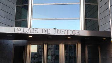 Liège: des trafiquants de produits destinés à la fabrication d'ecstasy condamnés (photo: Palais de Justice de Liège)