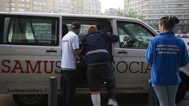 Du personnel du Samusocial mis à disposition de la Ville de Bruxelles.