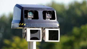 Des radars-tronçons bientôt partout sur les autoroutes en Flandre