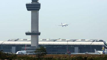 Air France: 2900 postes menacés en 2016 et 2017, selon des syndicats