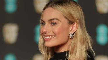 L'actrice australienne Margot Robbie va interpréter le rôle de Barbie dans le premier film consacré à la célèbre poupée avec des acteurs en chair et en os, ont annoncé conjointement mardi le fabricant de jouets Mattel et le studio Warner Bros.
