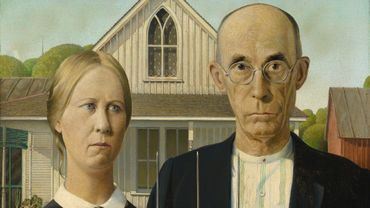 """American Gothic"" de Grant Wood (1930) huile sur toile, Art Institute of Chicago"