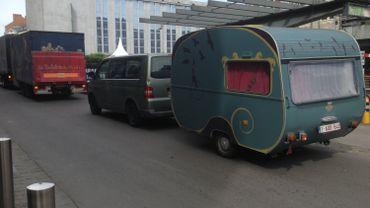 Arrivée des premières caravanes de Namur en Mai