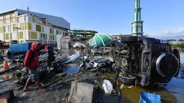 Indonésie: de nombreux détenus s'évadent après le séisme et le tsunami sur l'île des Célèbes