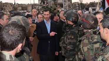 Bachar el-Assad en visite à Homs, reprise aux rebelles