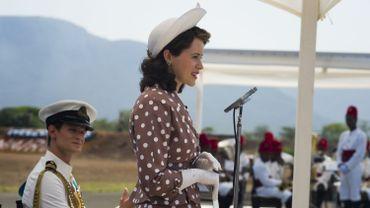 Matt Smith gagne davantage par épisode que Claire Foy, qui donne vie à la jeune reine, ont reconnu les producteurs