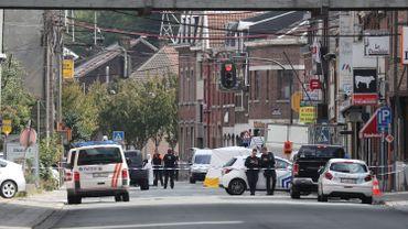 Le policier grièvement blessé à Liège est toujours dans un état critique mais stable