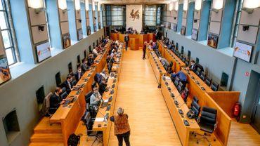 Face à la crise sanitaire, le Parlement de Wallonie a dû se réinventer pour continuer à fonctionner