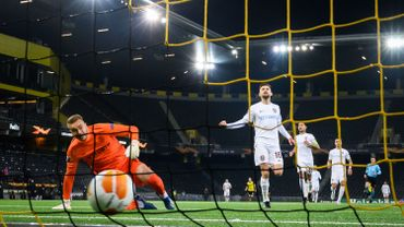 2 buts, 3 cartons rouges et un énorme pétage de plomb : fin de match ahurissante en Europa League