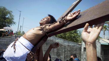 Cette tradition religieuse n'est pas approuvée par l'Eglise catholique.