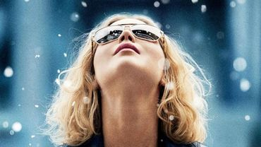 Jennifer Lawrence incarne Joy Mangano, inventeuse du balai Miracle Mop